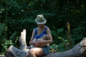 Breastfeeding sat outside