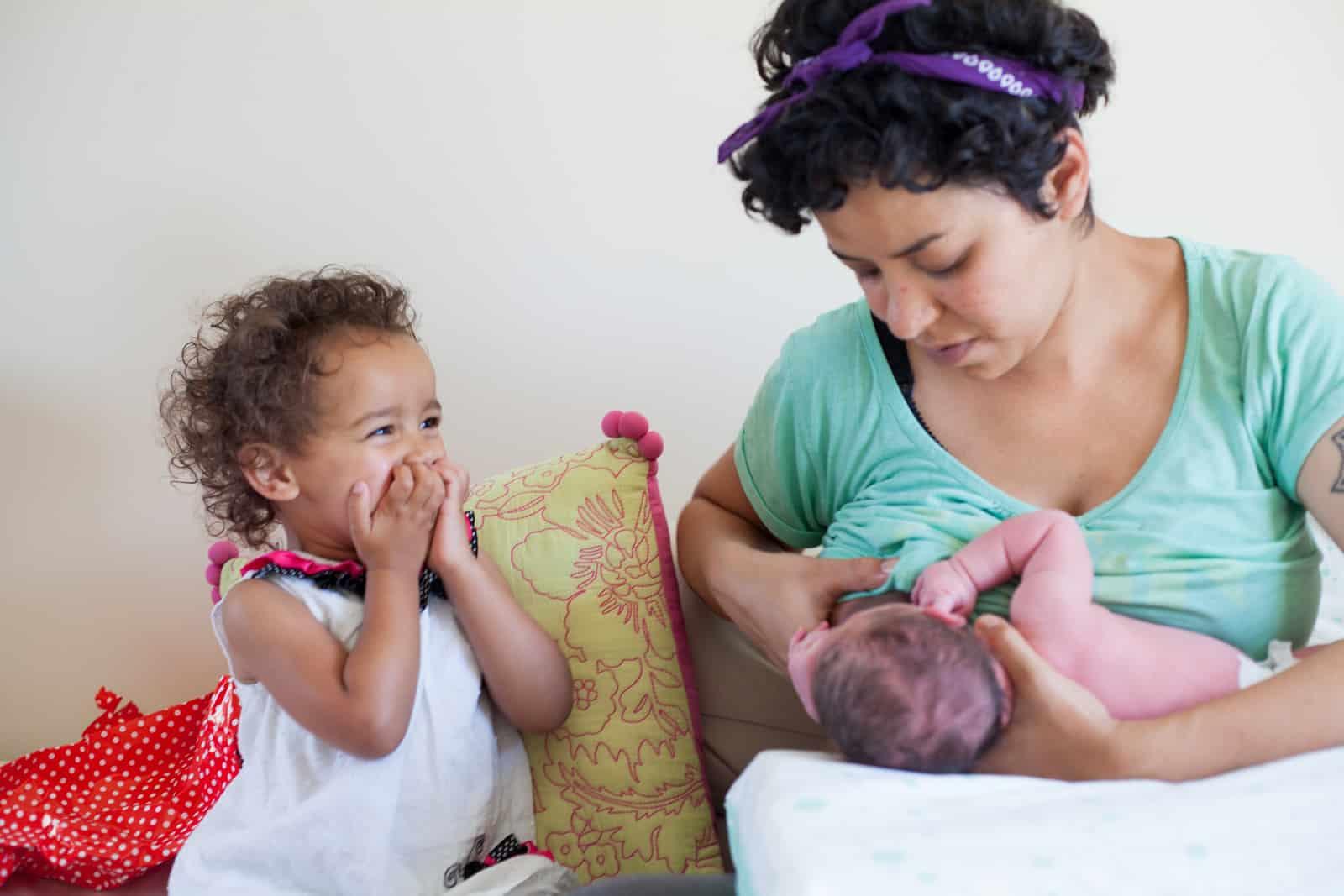 Lesbian breastfeeding pics